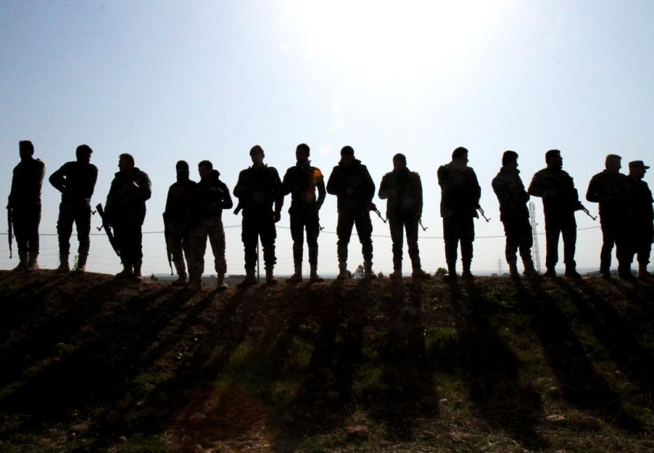 Guerriglieri curdi a lezione dagli istruttori italiani